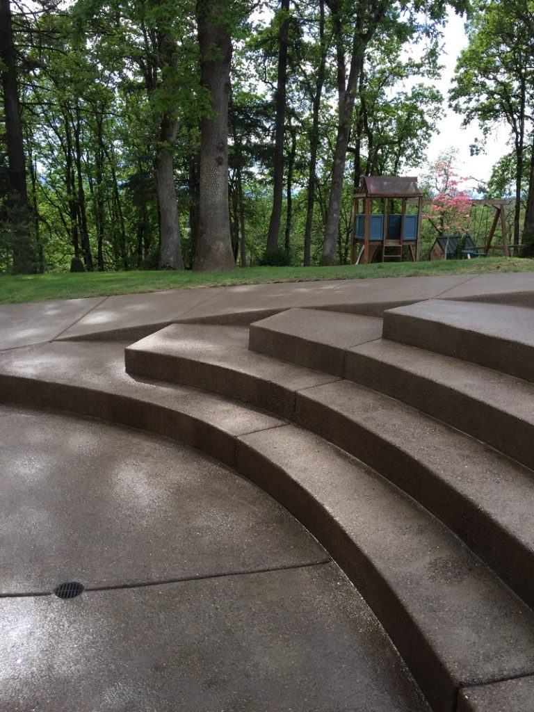 Curved steps