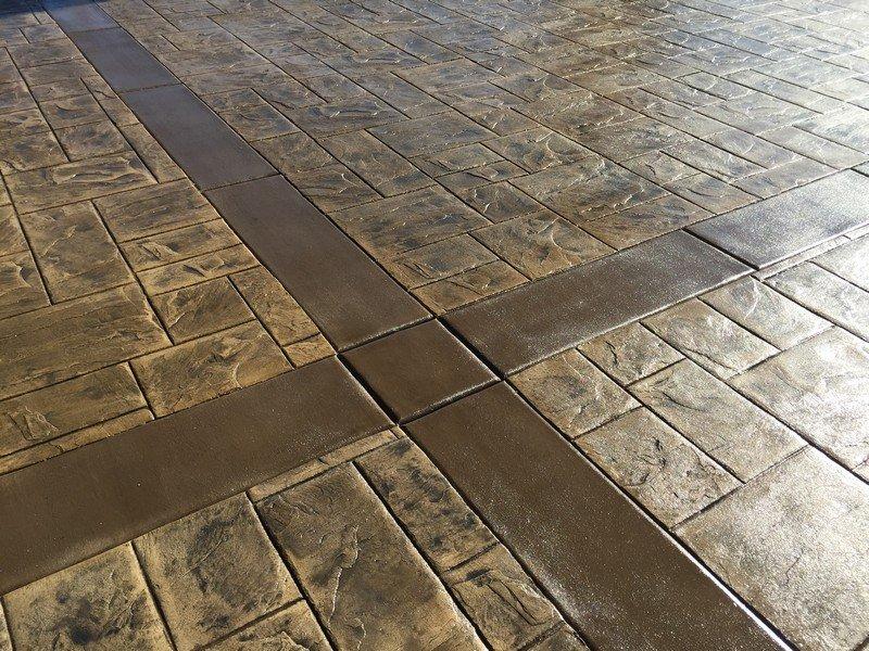 Brick style patio Roman Slate