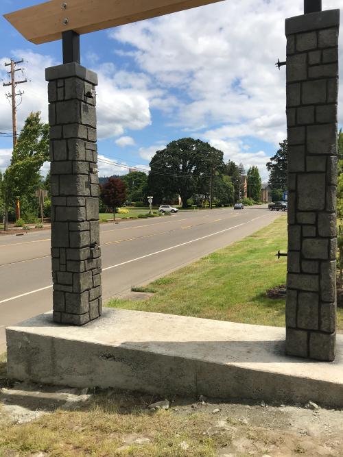 Brick-like column